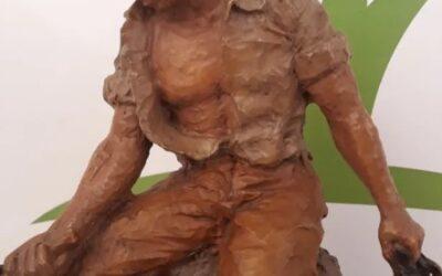 Escultura de Josep Bofill.
