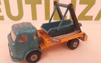 Camion con cajon basculante