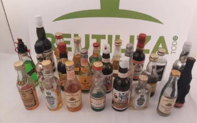 Lote de 23 mini botellas antiguas